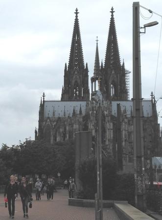 Gezi Alemi Almanya Frankfurt 11 ülke 10 Başkent